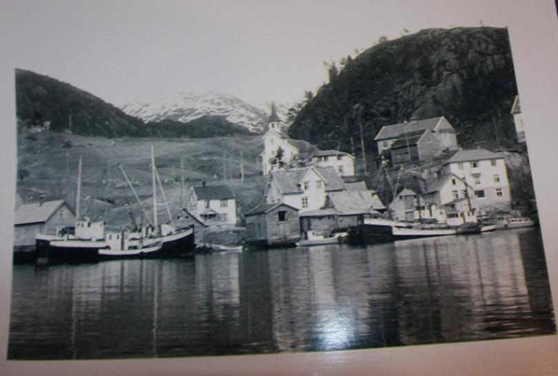 Gamle foto fra Stamnes og sandfarten ble sendt rundt og dette frambrakte flere minner og historier