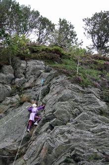 Her har en viking funnet veien opp klatretauet