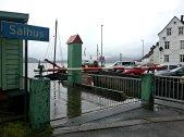 Fra 1954 gikk det ferge Salhus - Frekhaug - Alverstraumen. Alt i 1958 gikk fergeforbindelsen bare mellom Salhus - Frekhaug, siste tur gikk i 1985. Salhus fergekai ble i vernet av Riksantikvaren i 2000