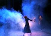 Heksedans kring gryta
