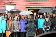 Bergen Entusiastkor levde opp til navnet sitt og trosset regnet