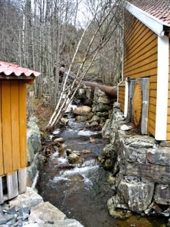 Treskofabrikken gjekk på vasskraft
