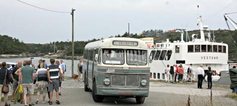 Vetaranbussen gjekk turar til gassanlegget på Kolsnes
