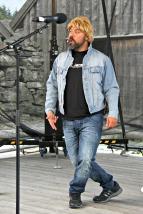 Cato Jensen hadde eit humørrikt show der fleire kjente personar dukka opp - her Kurt Nilsen