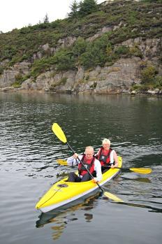 Gjermund Hagesæter og kona Eirin var sporty og nytta høvet til ein padletur