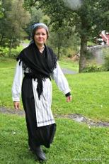 Dagleg leiar likar å leike seg og kle seg i klede frå ulike tider. Også noko som gjer det Gøy på landet!