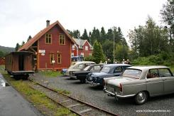 Osbanens venner hadde også arrangement denne dagen, og hadde også invitert veteranbilar til å komme og vise seg fram