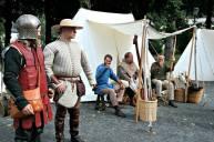 Gjengen frå Bjørvin Handverkslag som står for pilregn og valslyngen Magnus