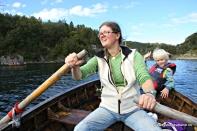 Kjekt å få lånt seg ein båt og komme på sjøen