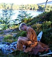 Sat steinaldermenneska slik i sjøkanten og laga seg verktøy?