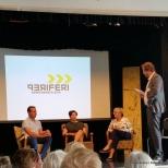 Helge André Njåstad (FrP), Helga Pedersen (Ap) og Liv Signe Navarsete (Sp) vert spurt ut av konferansier Halvor Folgerø