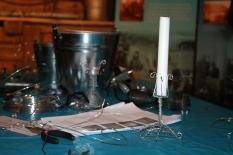 Her kunne ein prøve seg sjølv å ting med metalltråd