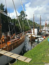 Fleire båtar i kanalen