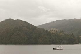 Oster i Osterfjorden på veg heim frå arrangement i Bergen kvelden før